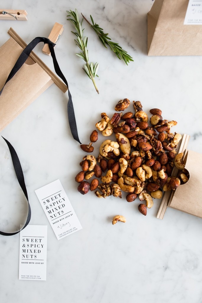 Sweet and Spicy Mixed Nuts / seeandsavour.com