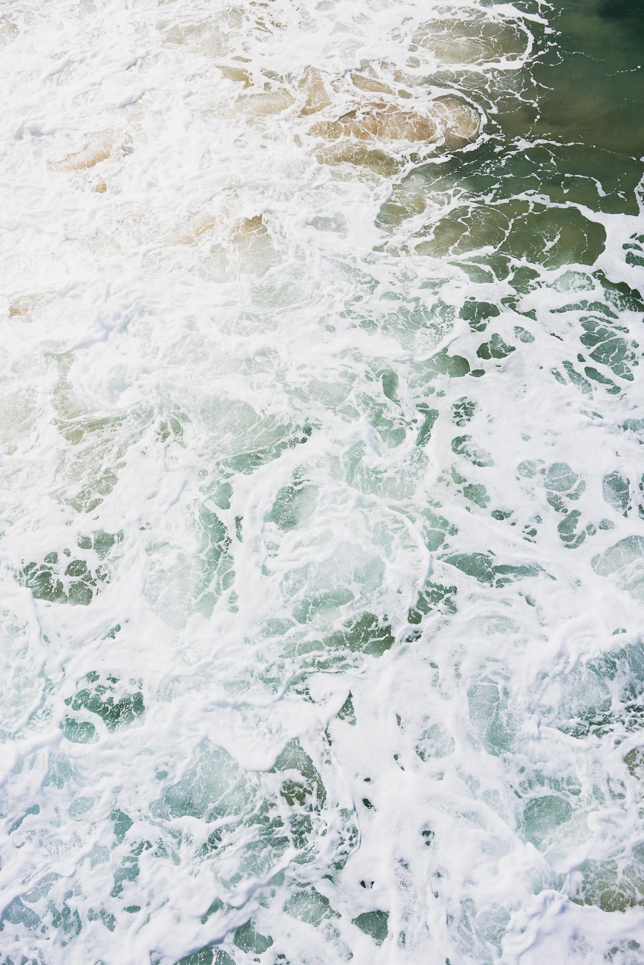 Manhattan Beach Waves / See & Savour