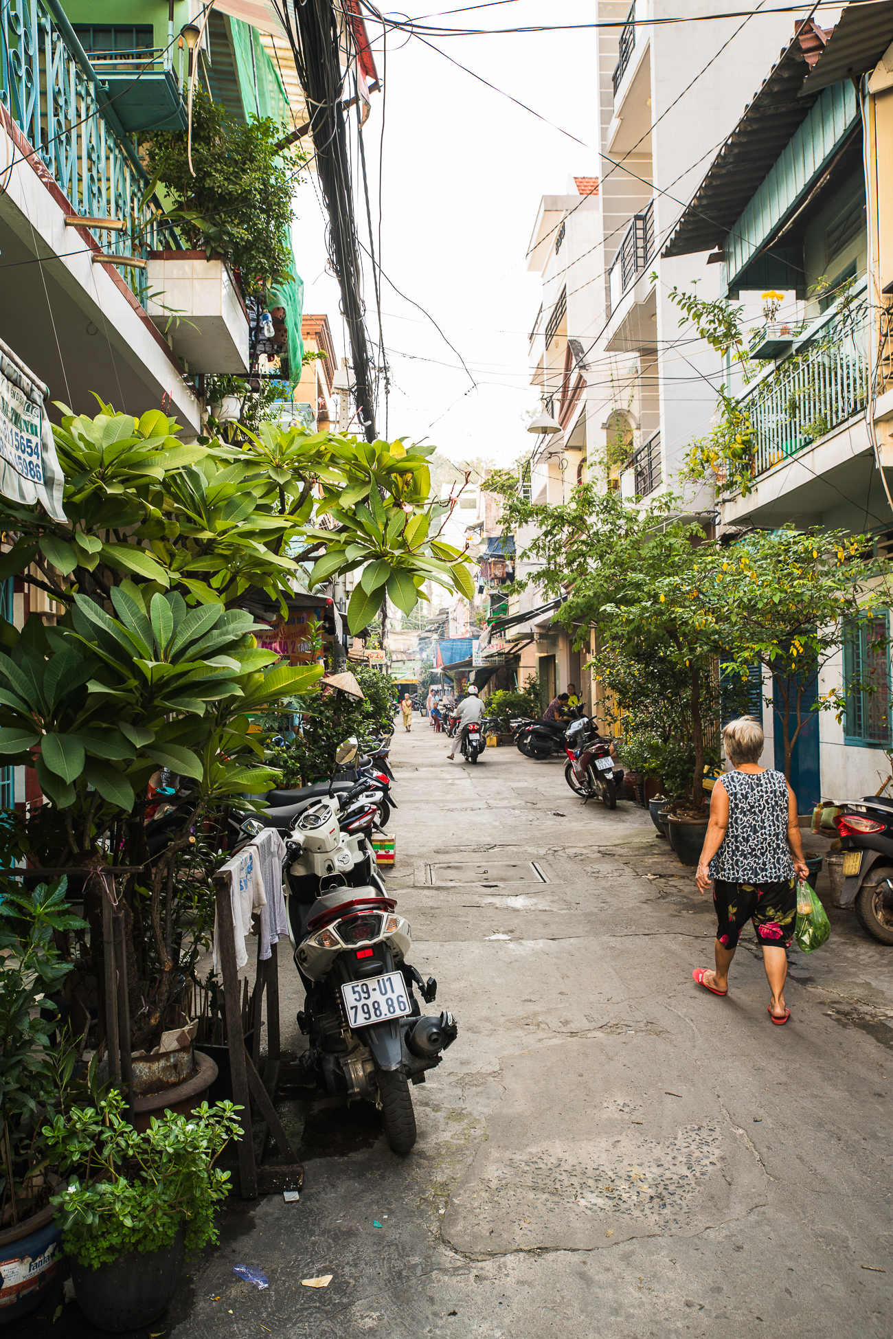 Back alleys of Saigon, Vietnam / See and Savour